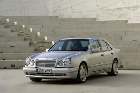 Mercedes AMG E50 (1996)